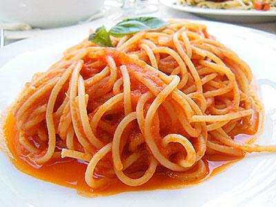 Spaghetti-tomato